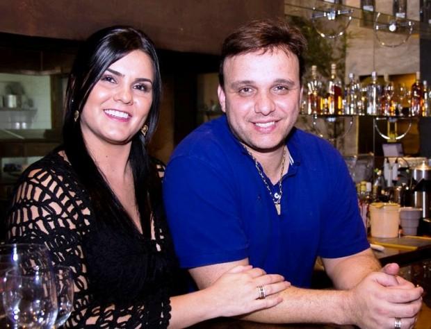 TORRE DE PIZZA - Giselle e Flavio Barbosa